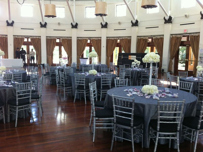 Silver Chiavari with Steel Pintuck